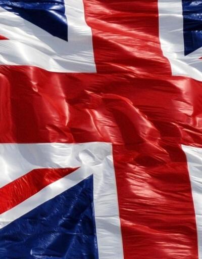 İngiltere seçimlerinde sürpriz sonuçlar