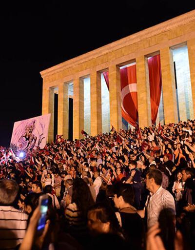 Anıtkabir'de 19 Mayıs coşkusu