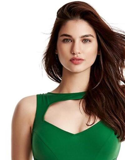 Miss Turkey 2015 Güzellik yarışmasını Ecem Çırpan kazandı