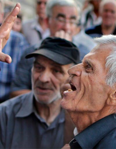 """Yunanistan """"saç tıraşı"""" istiyor"""