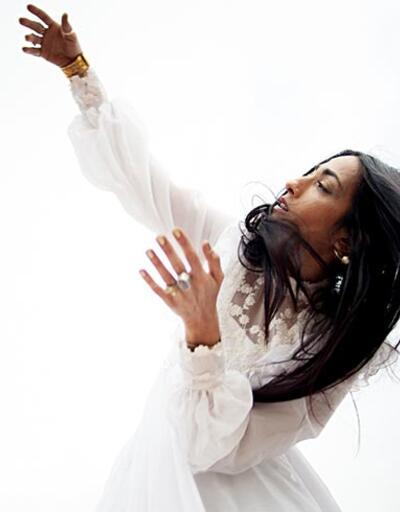 Hindi Zahra İzmir'de konser verecek