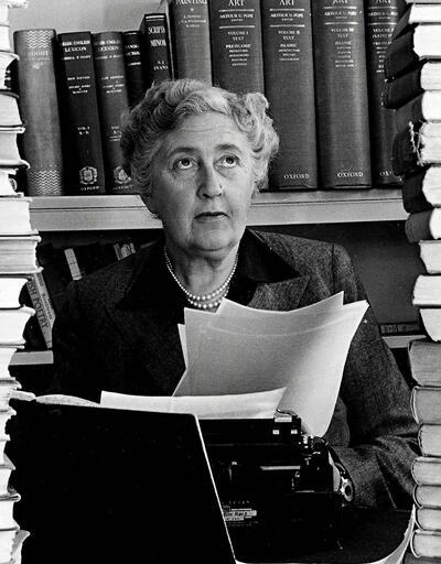 Agatha Christie hakkında bilinmeyen 125 gerçek!
