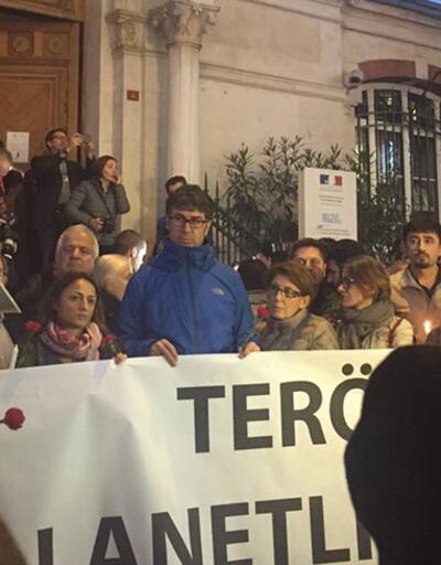 İstanbul'daki Fransa Başkonsolosluğu önünde anma