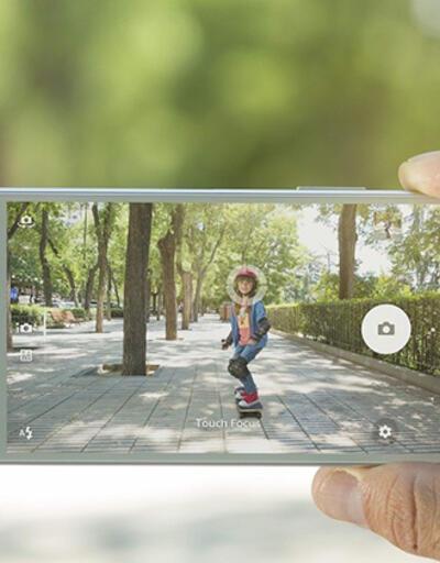 Xperia Z5 ailesi, ilk güncellemesini aldı