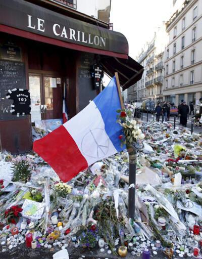 """Hollande: """"Evlerinize Fransa bayrağı asın"""""""