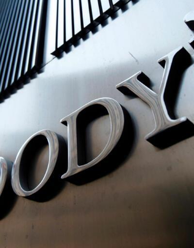 """Moody's Çin'in görünümünü """"negatif""""e indirdi"""