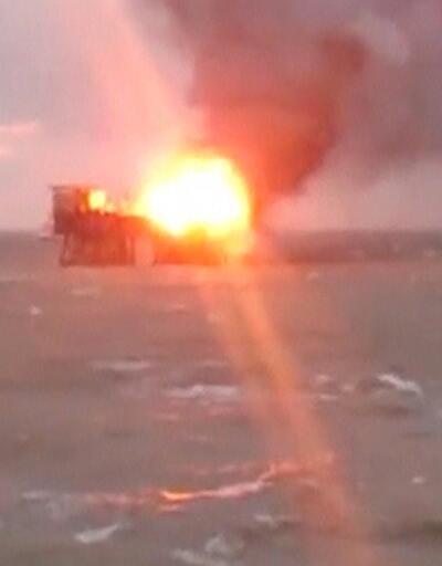 Hazar Denizi'nde petrol platformunda yangın çıktı: 32 ölü