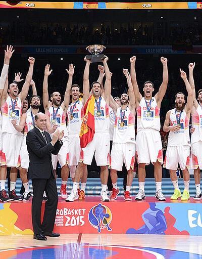 2015'te basketbol İspanyolca konuştu