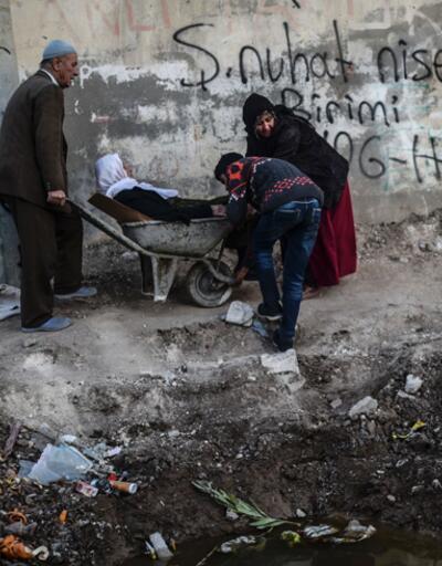 İHD'nin 15 günlük Cizre ve Silopi raporu: 36 kişi öldü, 27 kişi yaralandı, 9 kişi gözaltında
