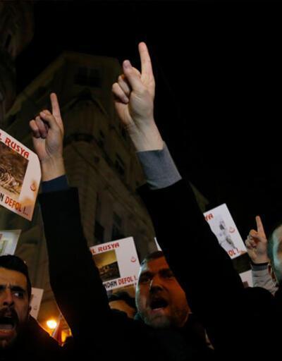 Alperen Ocakları'ndan Rus Başkonsolosluğu önünde eylem