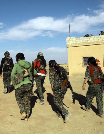 Rus uçakları yanlışlıkla YPG kampını vurdu