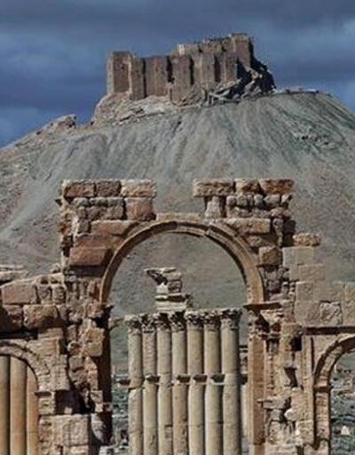 İran'dan Esad'a Palmira kutlaması