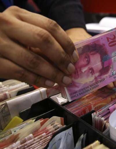 İsviçre'de halk aylık 2500 frankı reddetti