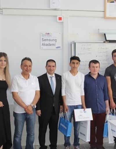 Samsung Akademi'de gurur günü