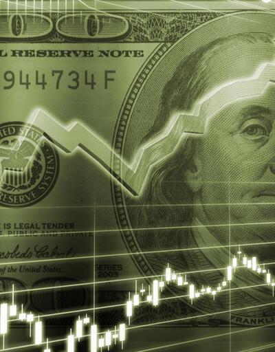 Dolar 2,5 ayın zirvesinde