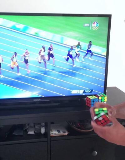 Rubik küp uzmanı Brooks Bolt'un rekorunu egale etti