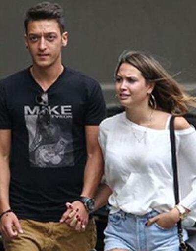 Mesut Özil ve Mandy Capristo yeniden birlikte