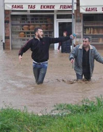 Trabzon'un Beşikdüzü ilçesinde su baskını