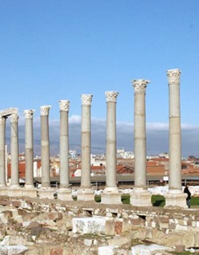 İzmir'e gittiğinizde mutlaka görmeniz gereken 16 tarihi mekan