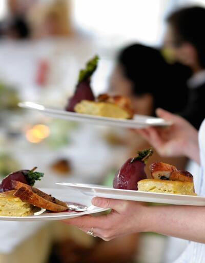 7 milyon kişi dışarıda yemek yiyor