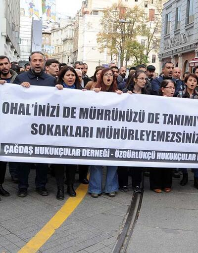 Avukatlar İstanbul'da ÇHD ve ÖHD'nin kapatılmasına karşı yürüdü