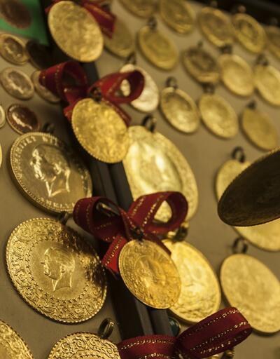 Altın yüzde 32 getiri ile doları solladı