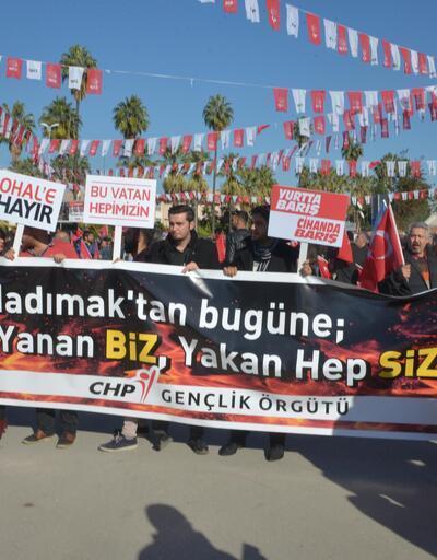 Adana'da ülkücülerden Kılıçdaroğlu'nun dikkatini çeken döviz