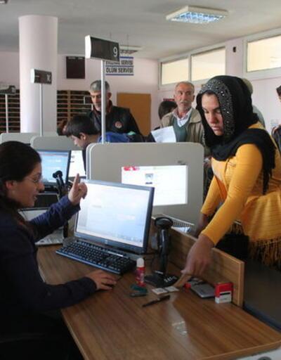 Çipli kimlik kartlarının dağıtımına 2017'de başlanıyor