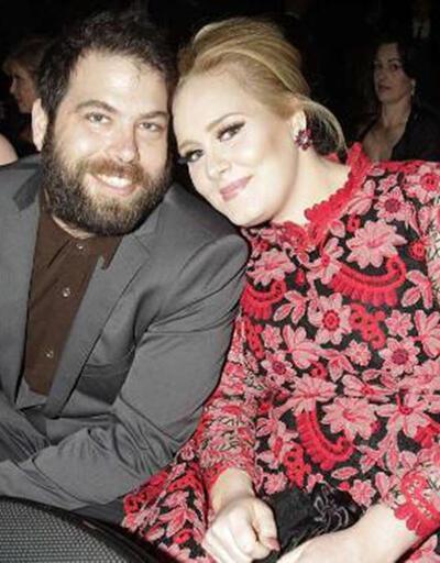 Adele gizlice evlendi