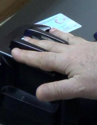 Yeni çipli kimlik kartları için hangi belgeler isteniyor?