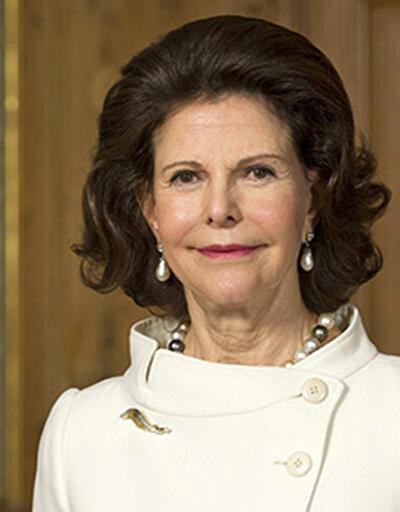 İsveç Kraliçesi, Saray'da hayalet olduğunu ima etti