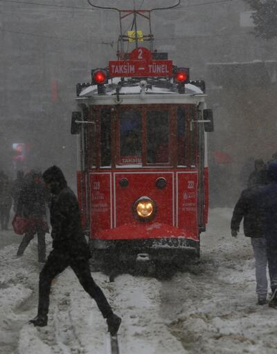 Kar nedeniyle İstanbul'da bazı etkinlikler iptal