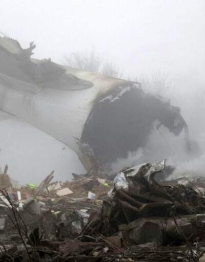 Bişkek'te düşen kargo uçağından görüntüler