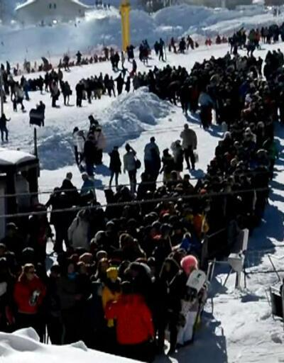 Sömestr, kış turizimine yaradı! Kayak merkezleri tıklım tıklım...