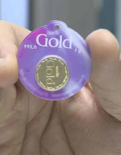 Gram altının çeyreği düğünde takılır mı?