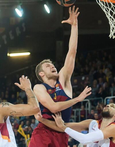 Galatasaray Barcelona'yı deplasmanda yendi