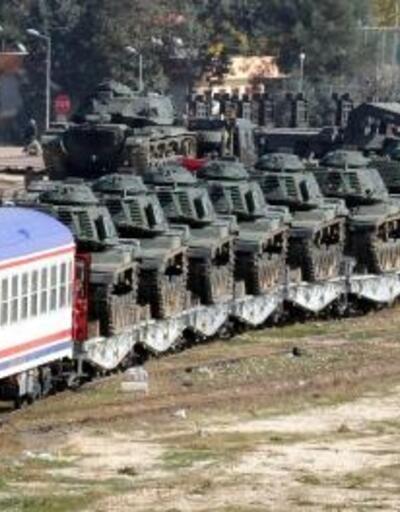 Suriye sınırına askeri sevkiyat devam ediyor: Taşıyıcı tren gara ulaştı