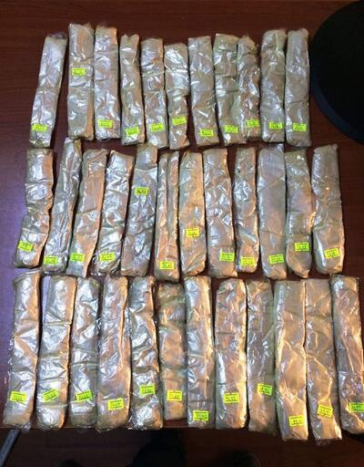 Mont astarına zulalanmış 1 kilo 85 gram eroin ele geçirildi