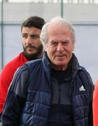 Mustafa Denizli Erkan Zengin'i kadro dışı bıraktı