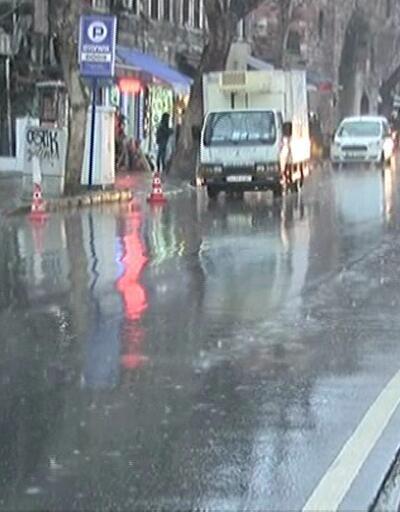 Meteoroloji'den İstanbul için yağmur Ankara için kar uyarısı