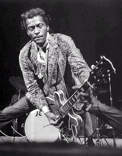 Chuck Berry hayata veda etti