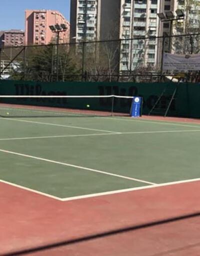 Minik tenisçilerin turnuva heyecanı