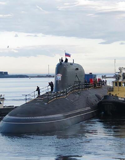 Rusya'nın yeni nesil nükleer denizaltısı suya indirildi