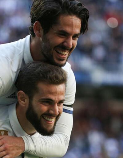 Real Madrid Alaves'i de geçti