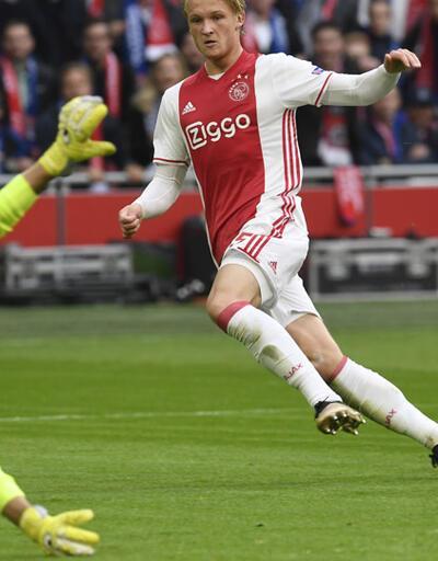 Ajax, Lyon'u farklı mağlup etti: 4-1