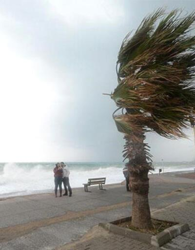 Meteroloji'den şiddetli rüzgar uyarısı