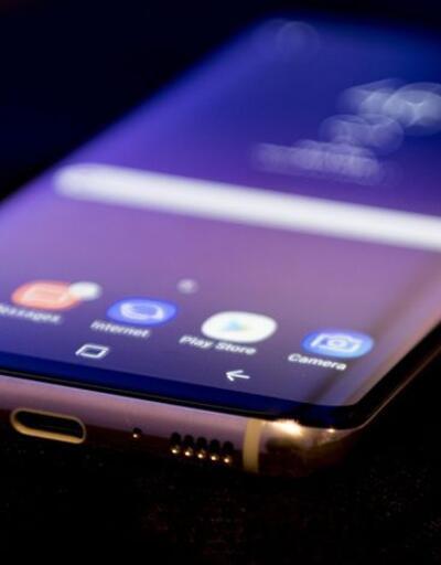 Windows 10 ile çalışan Galaxy S8 mi geliyor?