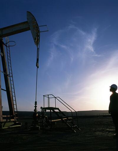 Petrol fiyatları 2,5 yılın zirvesine çıktı