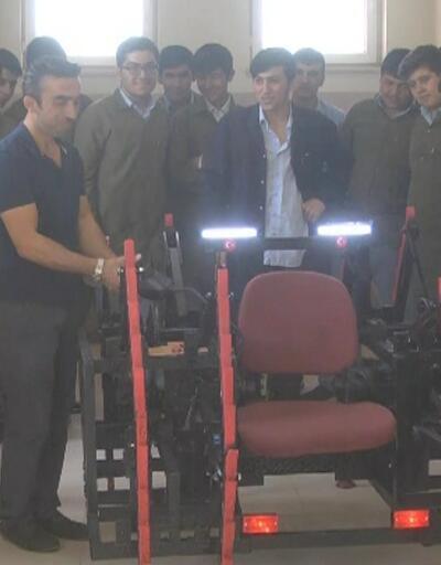 Meslek lisesi öğrencileri mayın arama robotu yaptı