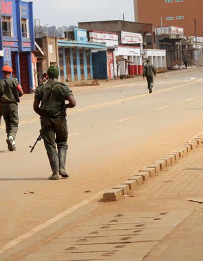 Demokratik Kongo'da militanlar 900 mahpusu firar ettirdi